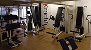 Goede beweging is uiteraard van belang bij een fit en gezonder leven. In onze kleinschalige fitnessruimte krijgt u hierbij professionele begeleiding.